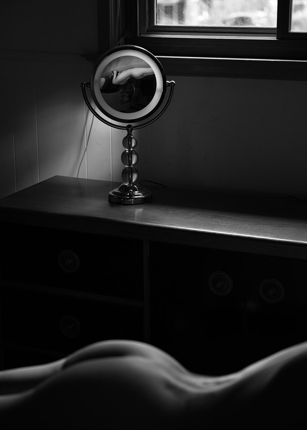Reflection Artistic Nude Photo by Photographer E. E. McCollum