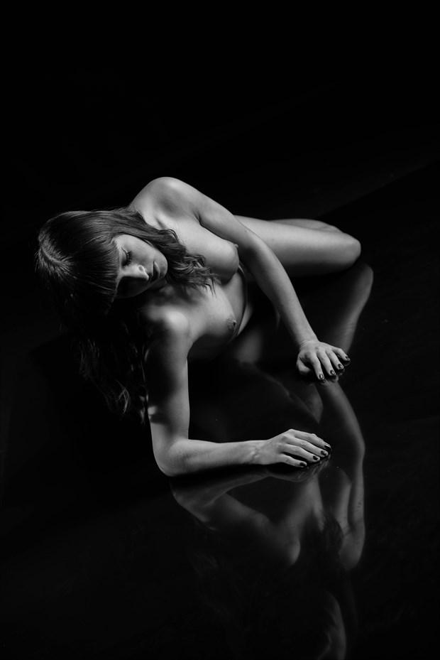 Reflection Artistic Nude Photo by Photographer MickeySchwartz