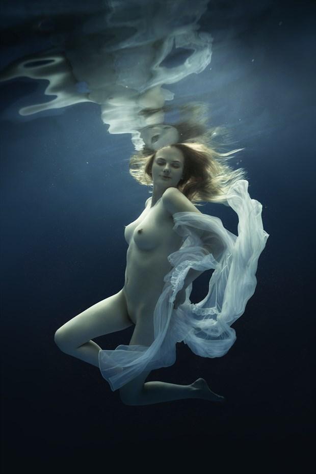 Rhythm Artistic Nude Photo by Photographer dml