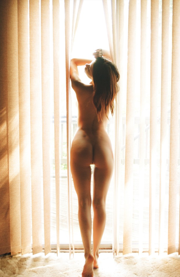 Risen Sun Implied Nude Photo by Model S nia