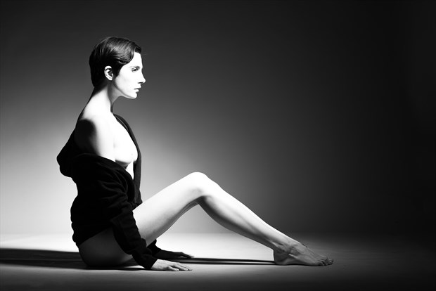Roarie Yum Chiaroscuro Photo by Photographer AndyD10