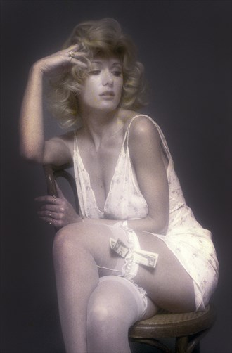 Robyn Glamour Photo by Photographer JBill