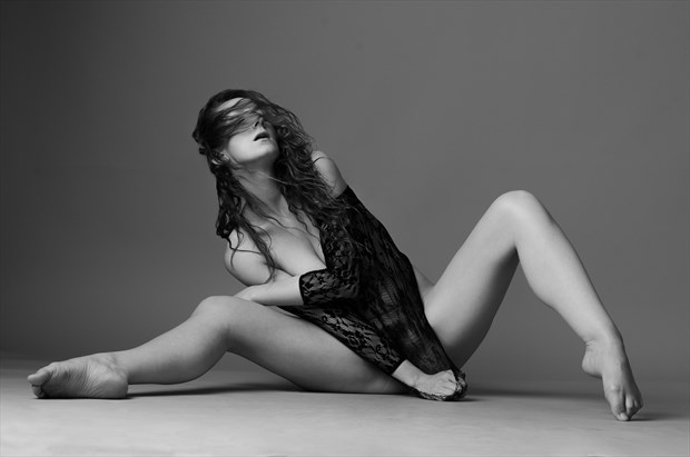 Romi Muse Erotic Photo by Photographer AndyD10