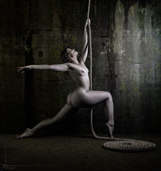 Rope_1 Artistic Nude Photo by Photographer Kestrel