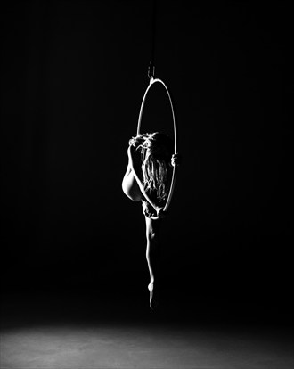 Ryan Sleeps Artistic Nude Photo by Photographer Light Artistry