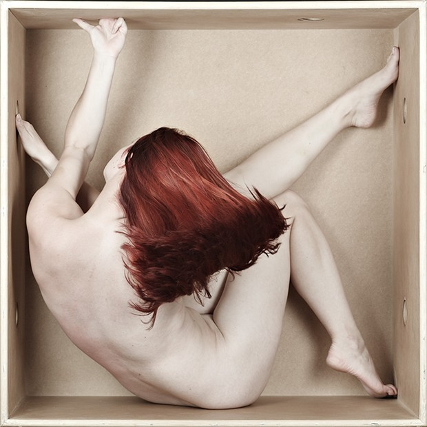 S. swishes Artistic Nude Photo by Photographer Eric Kellerman