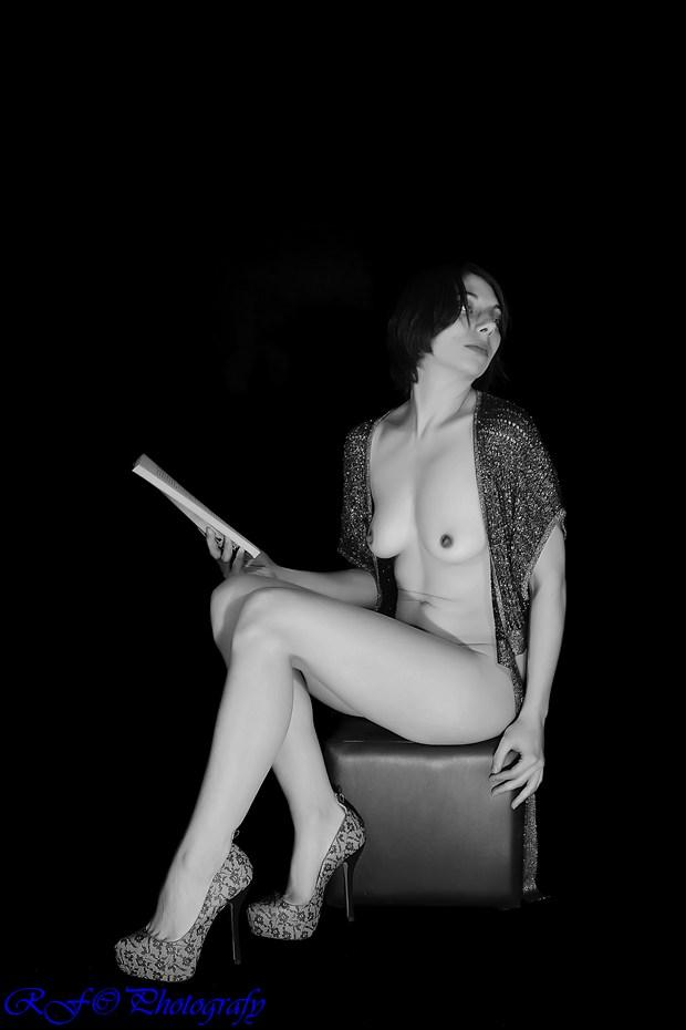 T Artistic Nude Photo by Photographer rufer