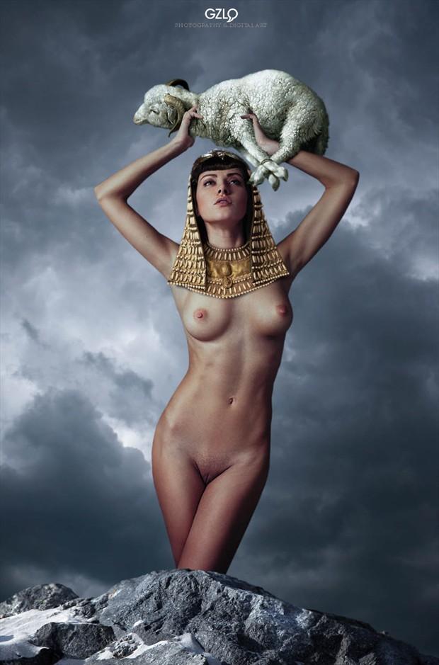 SACRIFICE THE GODS  Artistic Nude Photo by Artist GonZaLo Villar