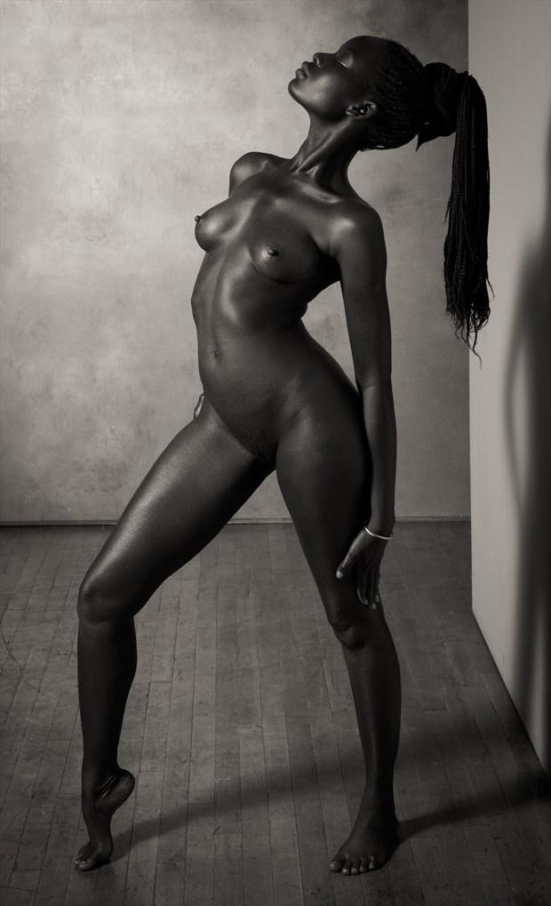 SBK Nude Model Sudan Artistic Nude Photo by Photographer Risen Phoenix
