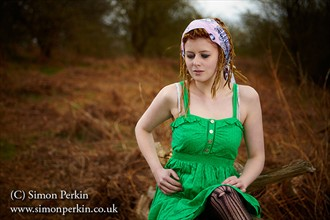 SIMON PERKIN PHOTOGRAPHY Nature Photo by Model Chelle
