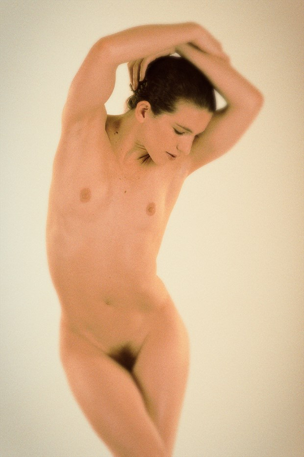 SP 0E0 Artistic Nude Photo by Photographer SERVOPHOTO
