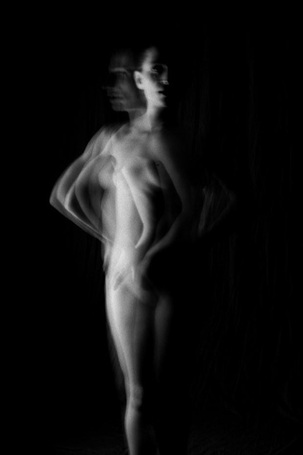 SP 191 Artistic Nude Photo by Photographer SERVOPHOTO