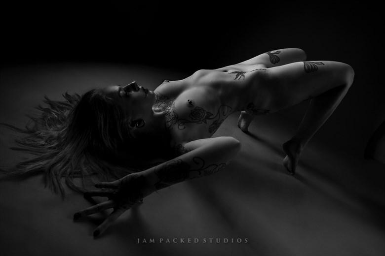 SPOTLIGHT Artistic Nude Photo by Photographer Jam Packed Toney