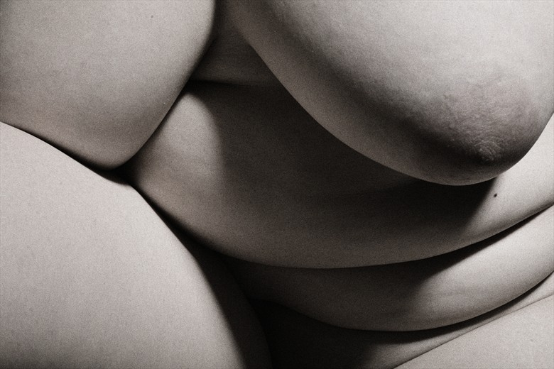 SV Study 4 Artistic Nude Photo by Photographer Mark Bigelow