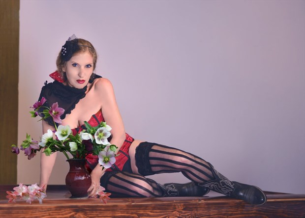 RAVORA ARTISTRY retoucher Vintage Style Photo by Model Christine Berl