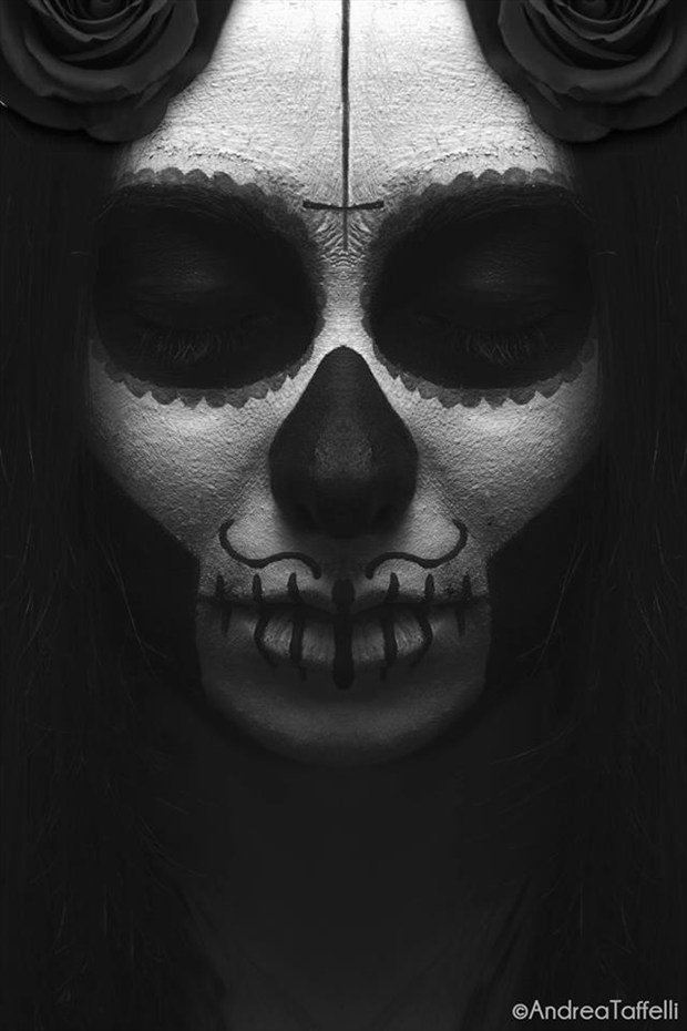 Santa Muerte Body Painting Photo by Photographer Andrea Taffelli Ph