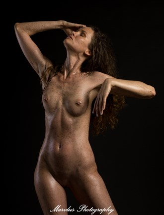 Sarah Artistic Nude Photo by Photographer Marvlus