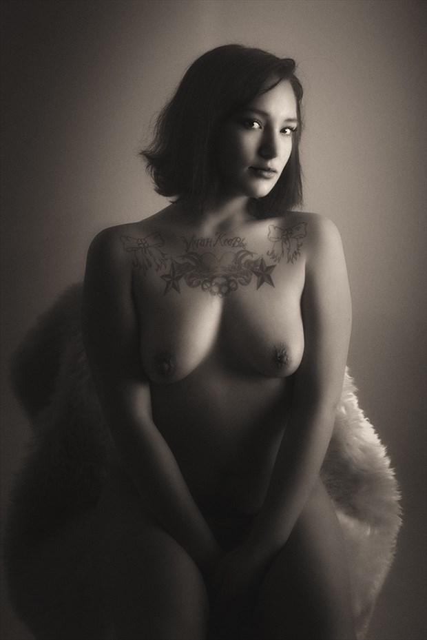 Sassacole Artistic Nude Photo by Photographer Samuel E Burns