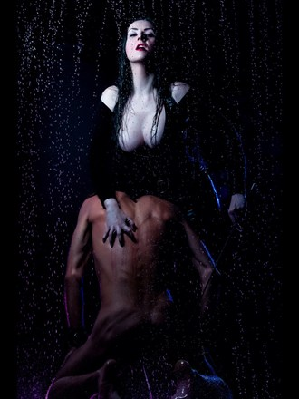 Scratch Erotic Photo by Photographer Simon