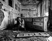 Screaming in Place Implied Nude Photo by Photographer sarahrbloom