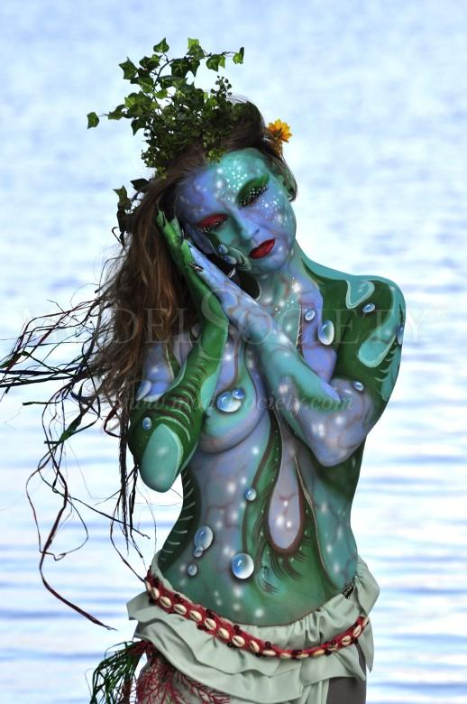 Sea Nature Artwork by Artist Bodypaint D%C3%BCsterwald