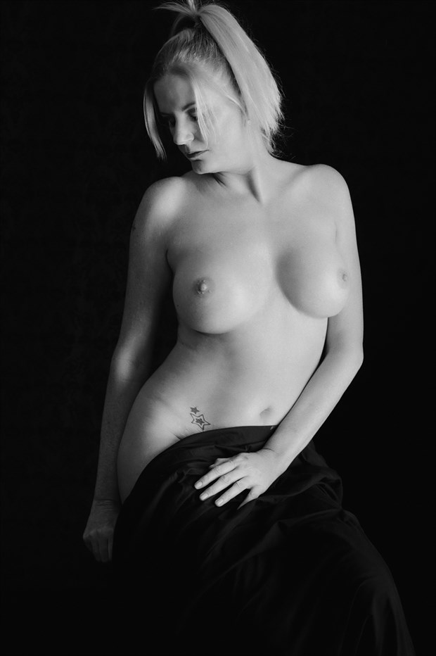 Seated Nude Artistic Nude Photo by Photographer TheBody.Photography