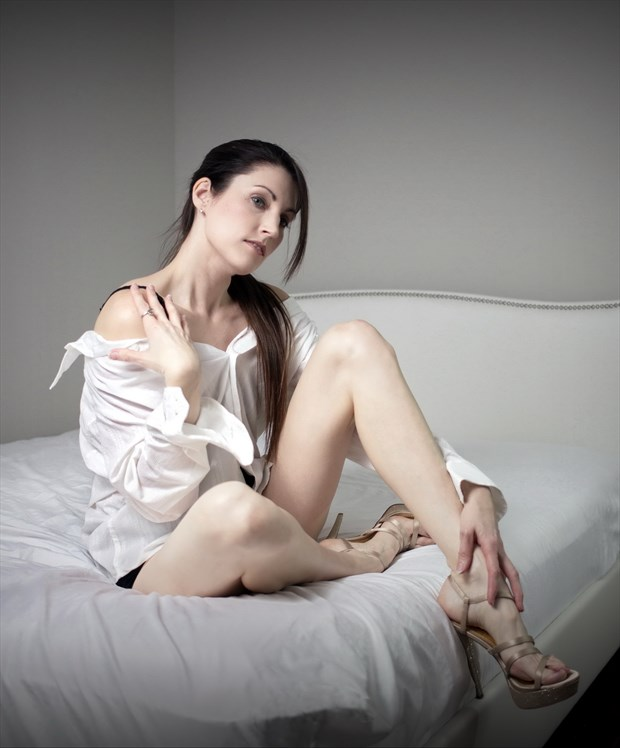 Seated dress shirt Glamour Photo by Model Xak