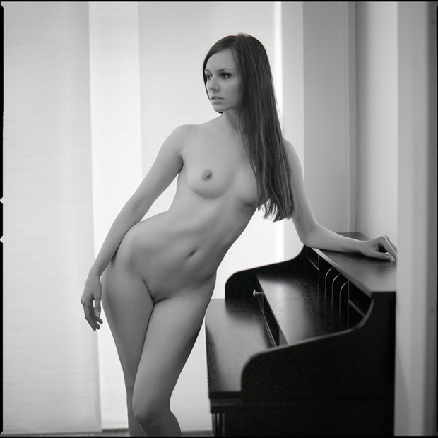 Secretary Artistic Nude Photo by Photographer Raemond
