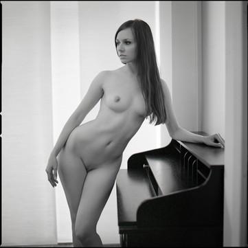 Secretary Artistic Nude Photo by Photographer Raemond