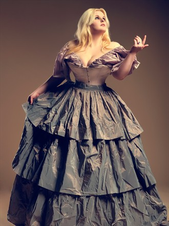 Sensual Alternative Model Photo by Model Evie Wolfe