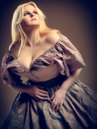 Sensual Fashion Photo by Model Evie Wolfe