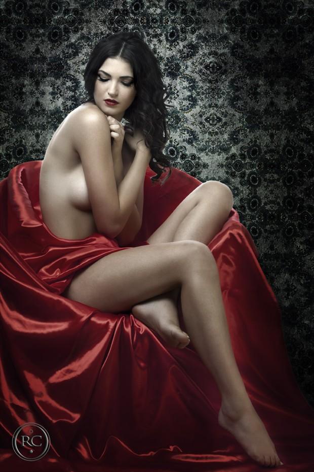 Sensual Implied Nude Photo by Photographer Robertxc