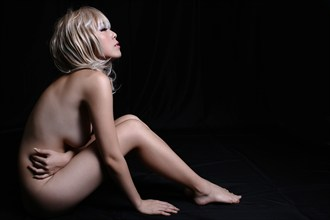 Serenity Artistic Nude Photo by Photographer J Boyle Ikon Visuals
