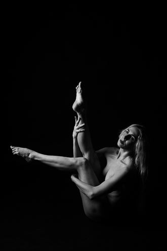 Shadow Walkers   Freespirit   V Artistic Nude Photo by Photographer Oliver Godby