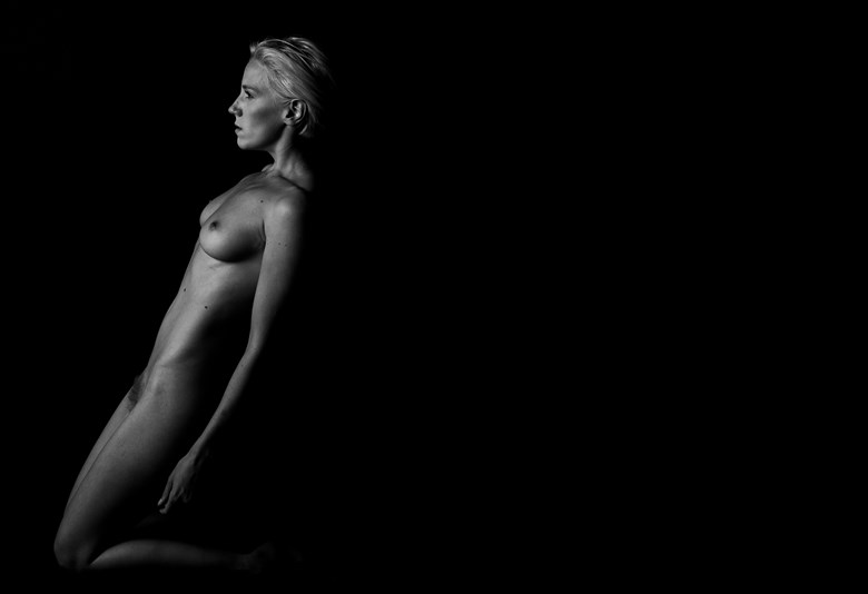 Shadow Walkers   Lilith   I Artistic Nude Photo by Photographer Oliver Godby