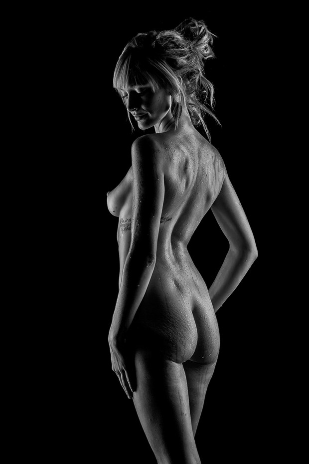 Shay Artistic Nude Photo by Photographer CG Photography