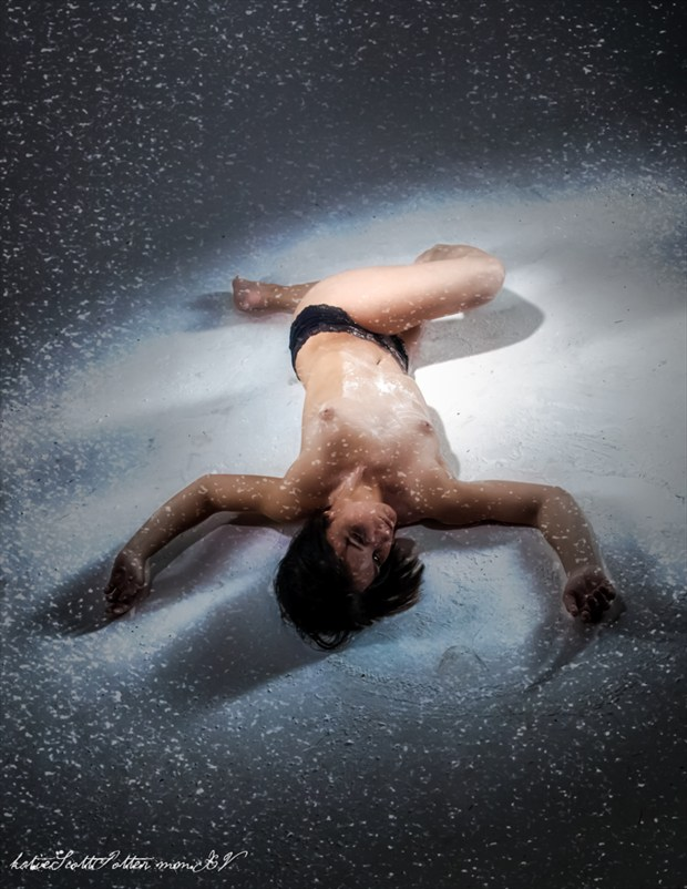 Shiver Artistic Nude Photo by Photographer Katie Potter