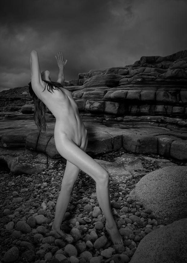 Shoreline Artistic Nude Photo by Photographer Visulante