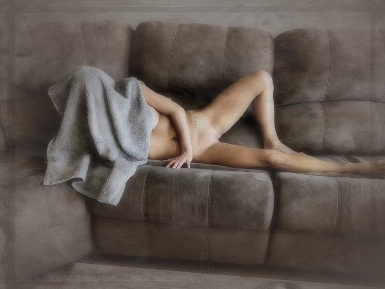 Shy Nude Artistic Nude Photo by Photographer dvan