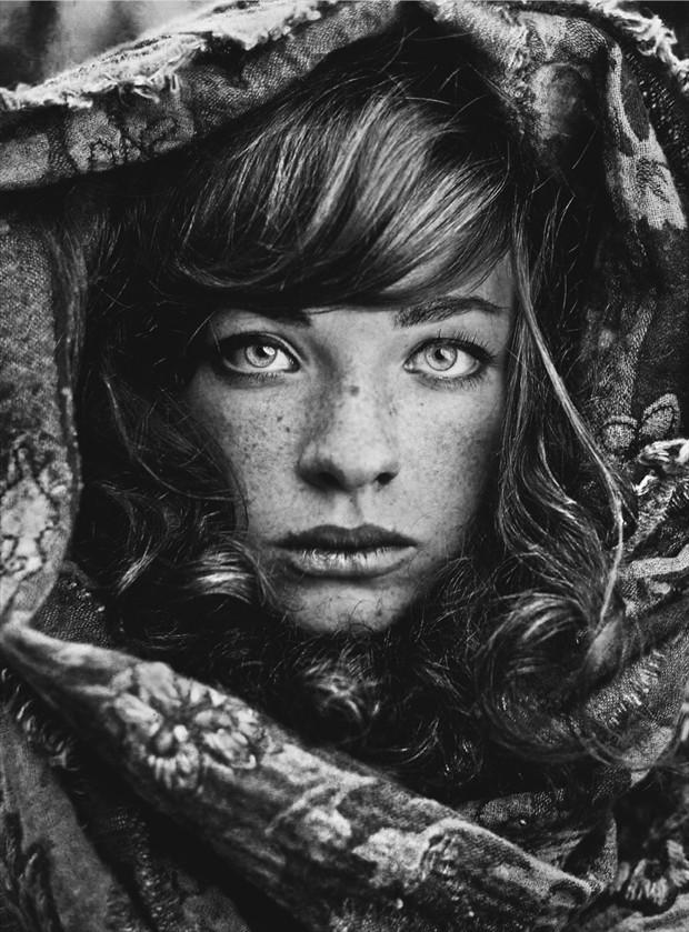 Siberian Stories: Lara Fashion Photo by Photographer Daria Pitak