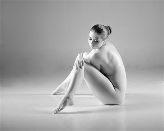 Side Artistic Nude Photo by Photographer Amoa