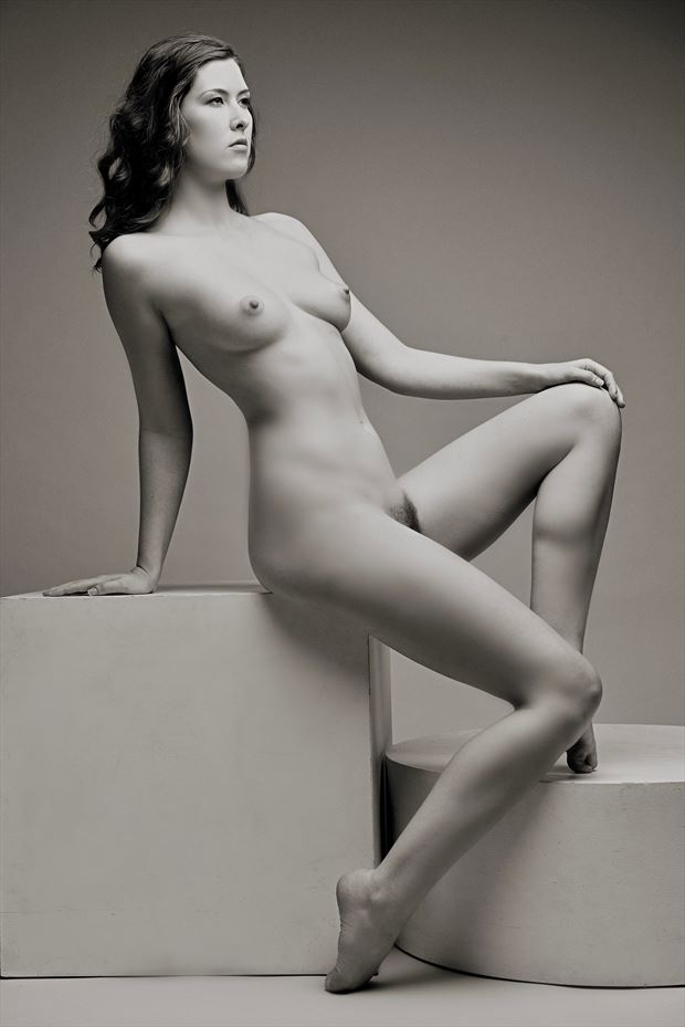 Sienna  Artistic Nude Photo by Photographer StromePhoto