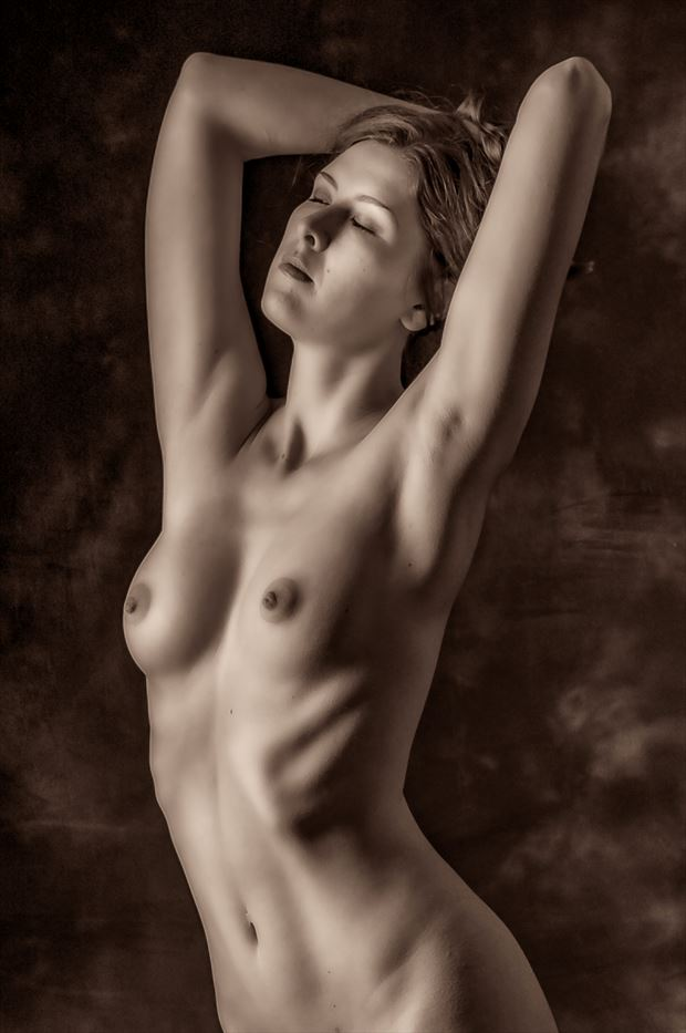 Sienna Artistic Nude Photo by Photographer Paul Anders