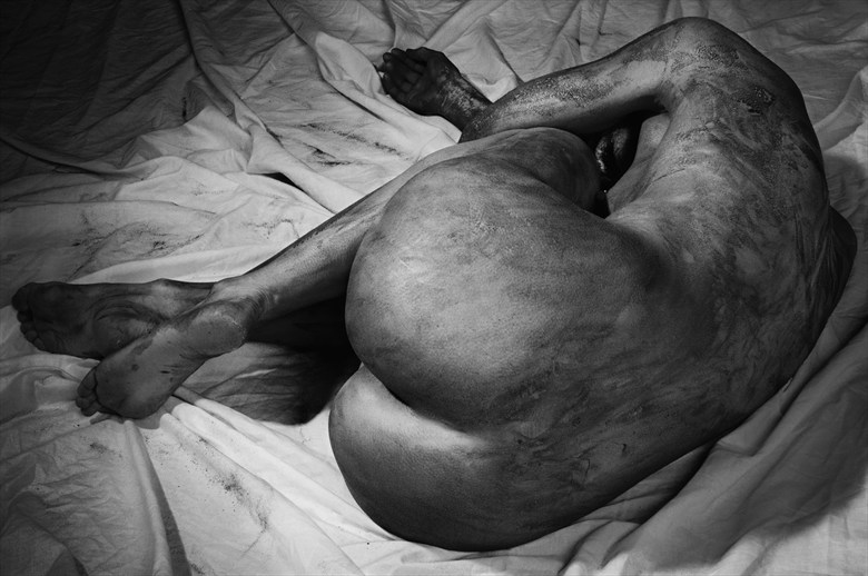 Siesta Artistic Nude Photo by Photographer Jyves