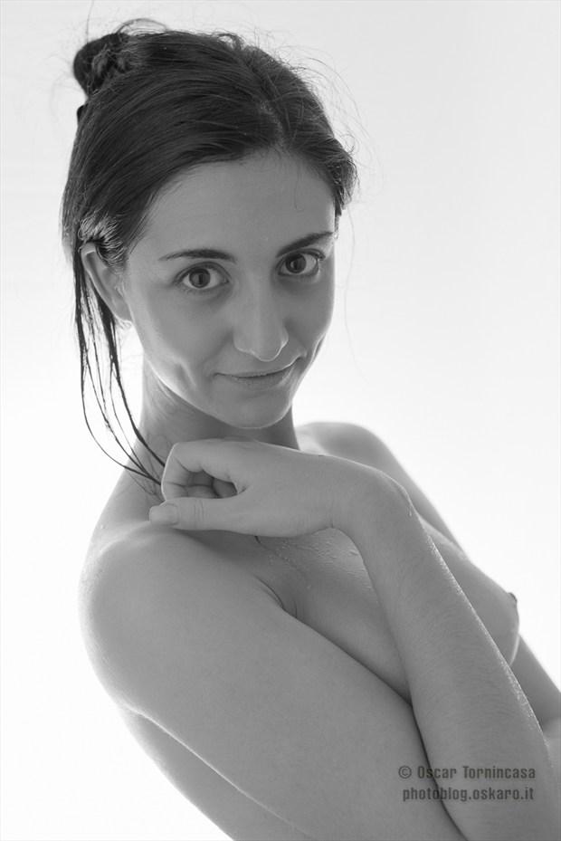 Silence Artistic Nude Photo by Photographer oscar tornincasa