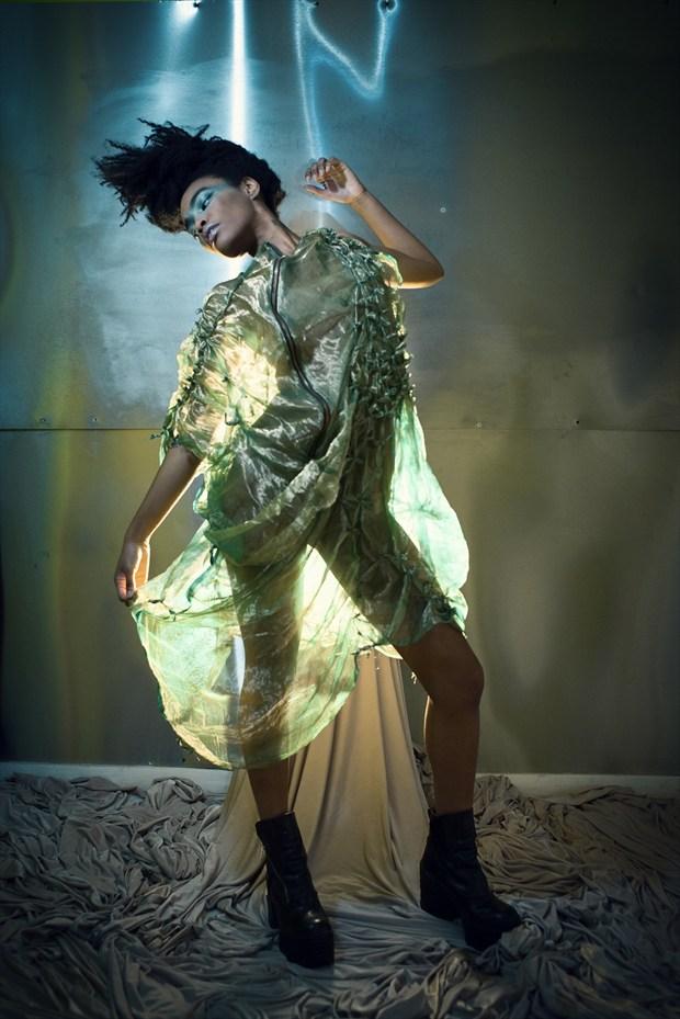 Silhouette Fashion Photo by Model Tea