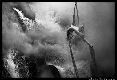 Silk Smoke II Artistic Nude Photo by Photographer aFeinberg