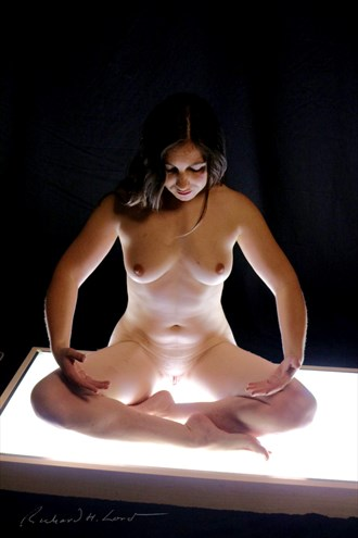 Silver Lotus Artistic Nude Photo by Photographer Naturally Scenic