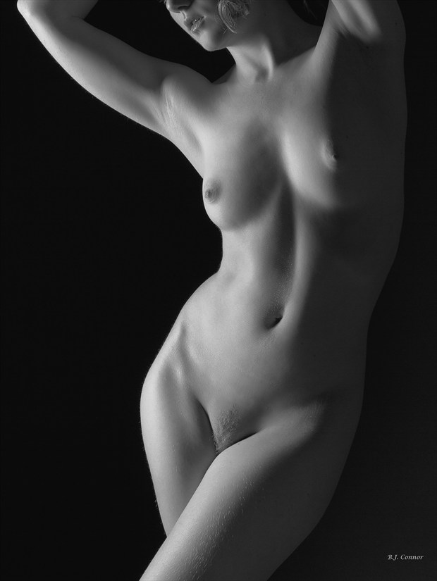 Simple Grace Artistic Nude Photo by Photographer Aspiring Imagery