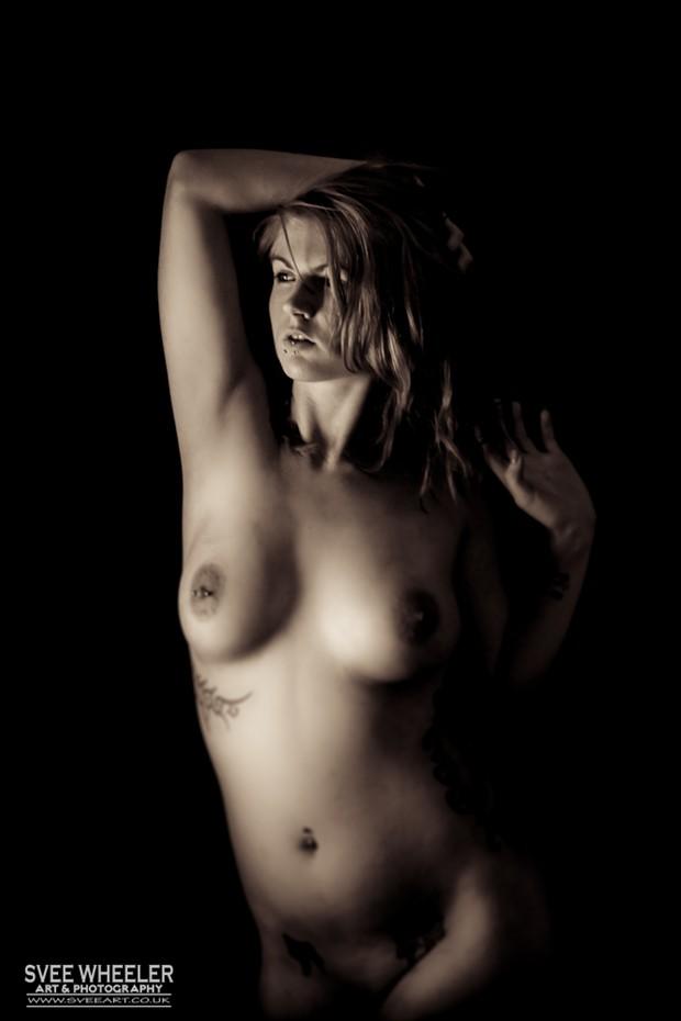 Simply Emma Artistic Nude Photo by Artist Svee
